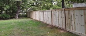 what type of fence to use in yard
